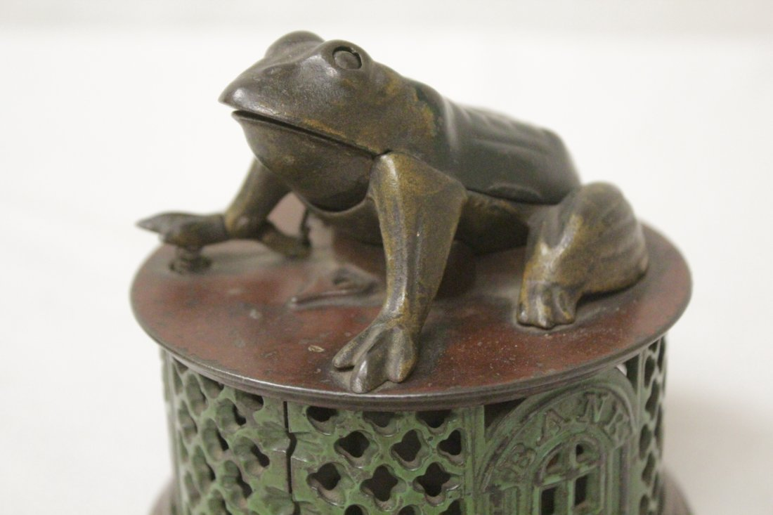"Vintage cast iron bank ""frog bank"" - 9"