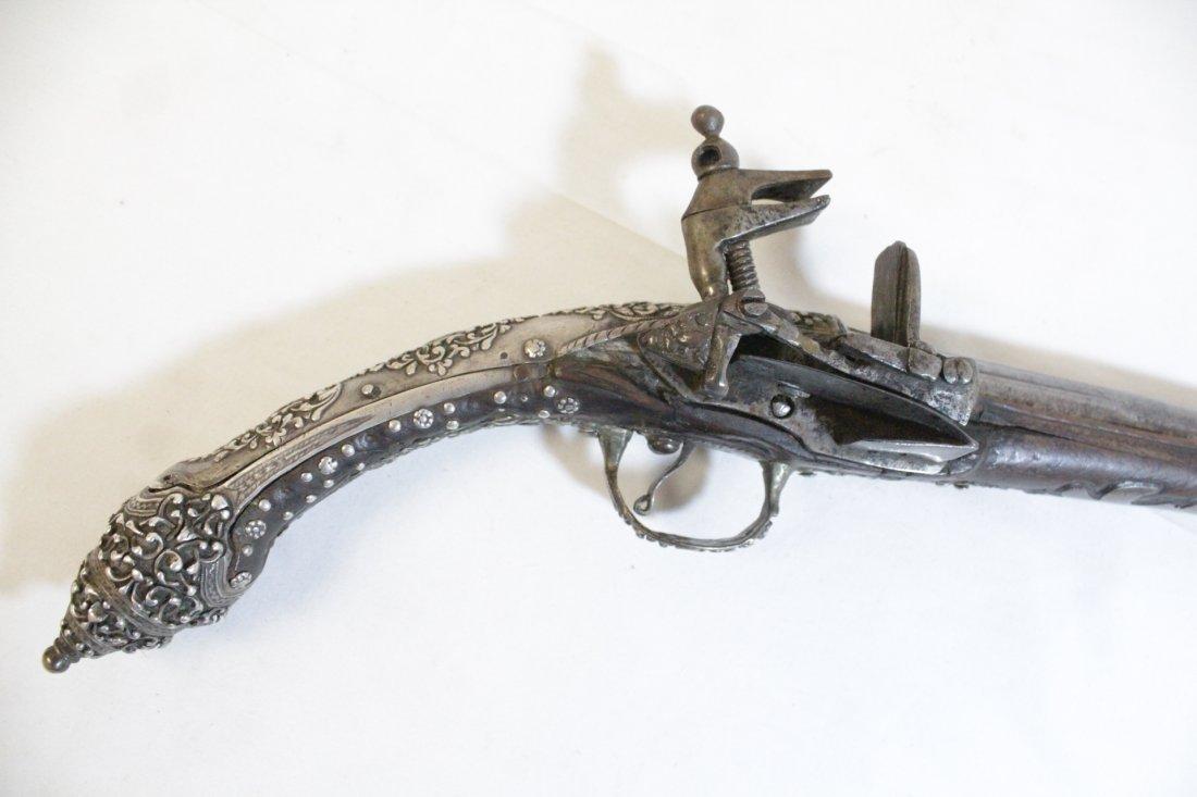 17th/18th c. percussion pistol - 5