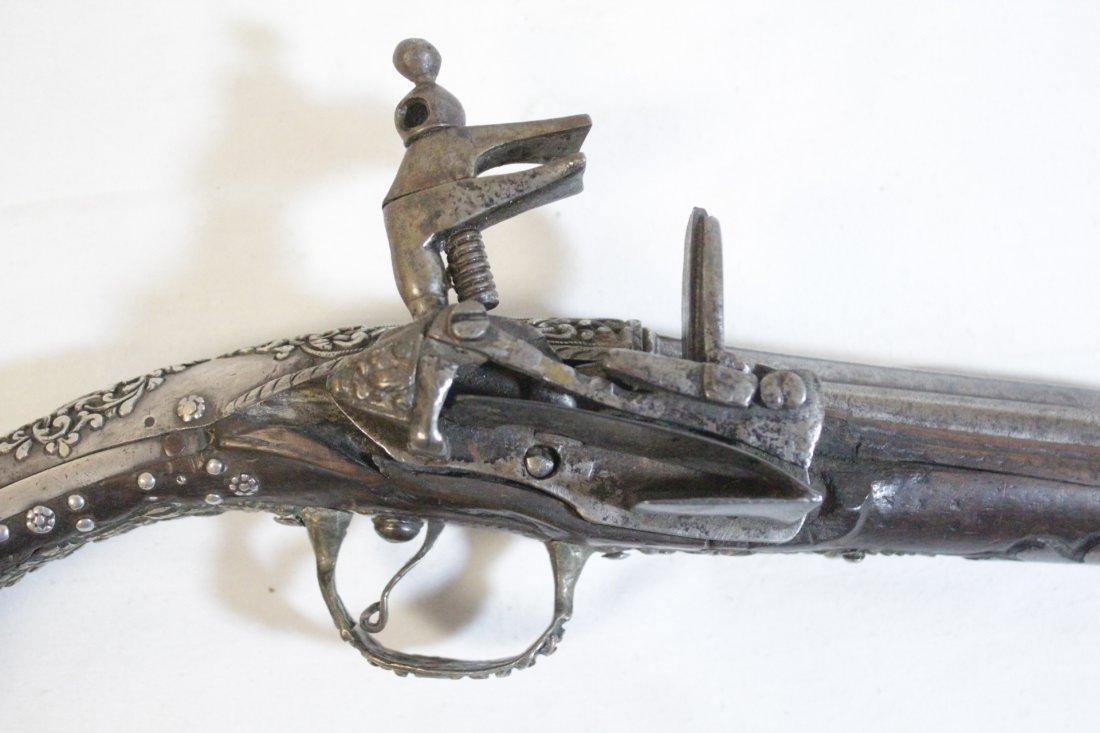 17th/18th c. percussion pistol - 7