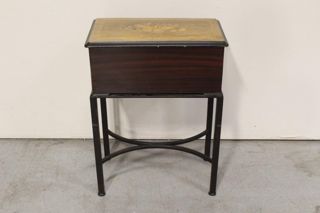 Victorian Swiss made mechanical music box - 10