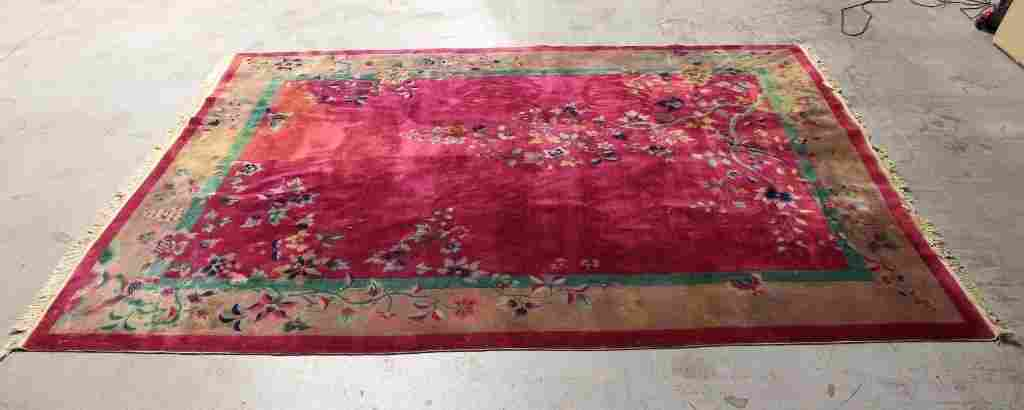 Large Chinese early 20th century Nichols rug