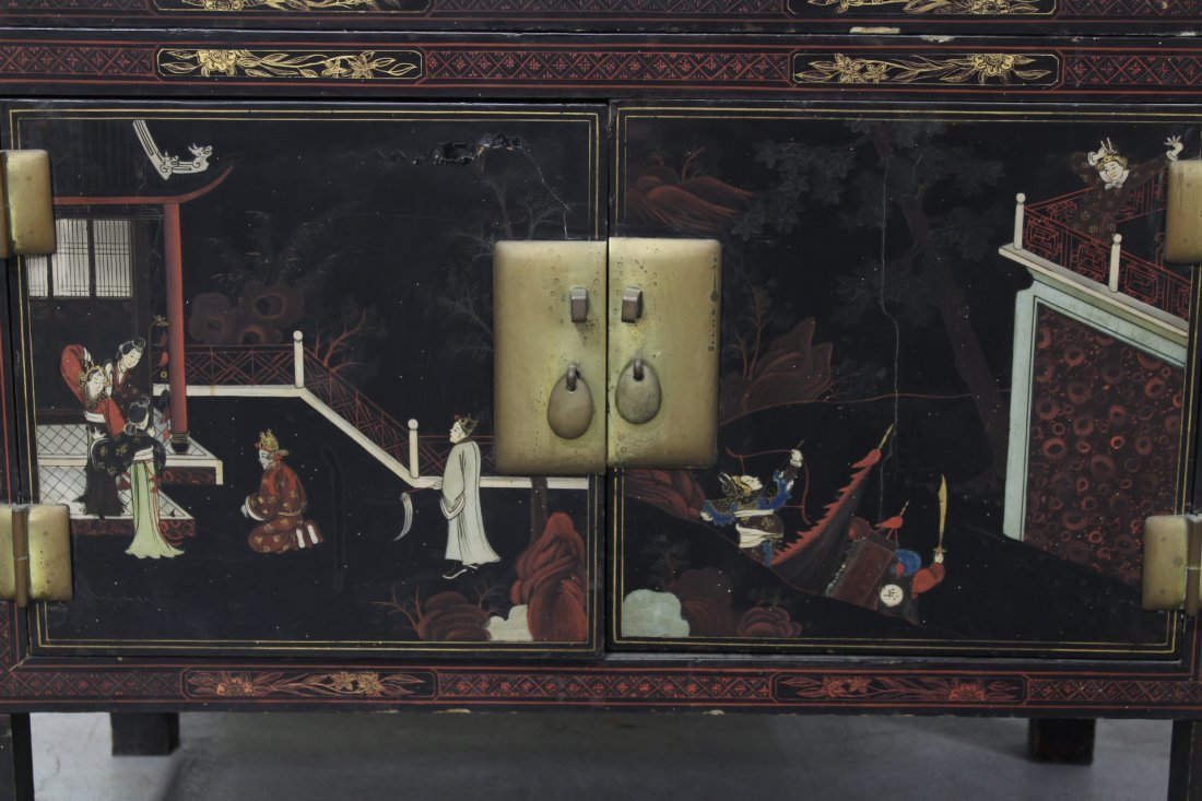 Chinese 19th c. 2-section painted lacquer chest - 4