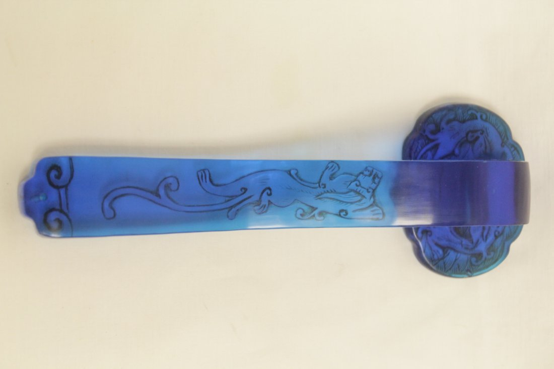 Chinese blue Peking glass ruyi - 5