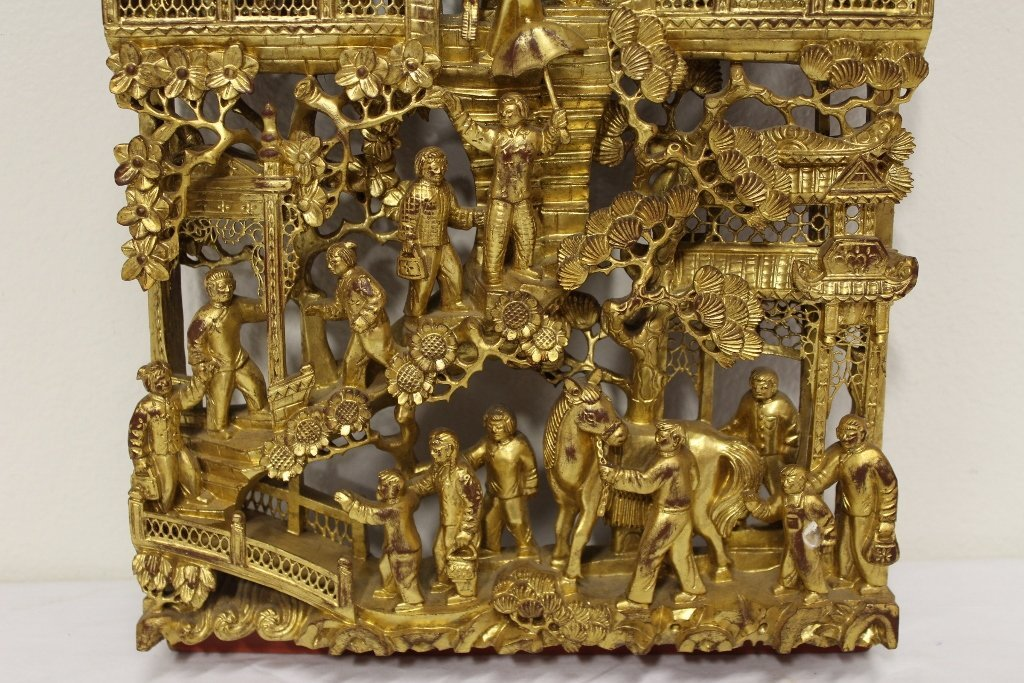 Chinese antique gilt wood wall plaque - 2