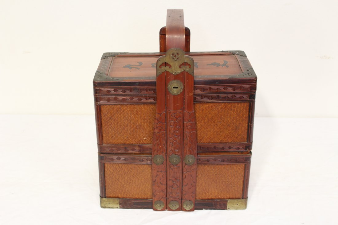 Chinese antique bamboo carrying case for books - 6