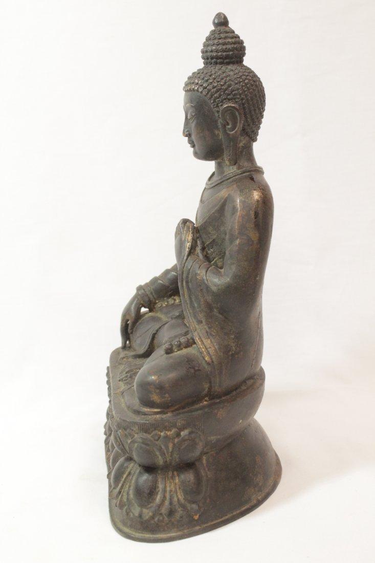 Chinese bronze/brass sculpture of Buddha - 3