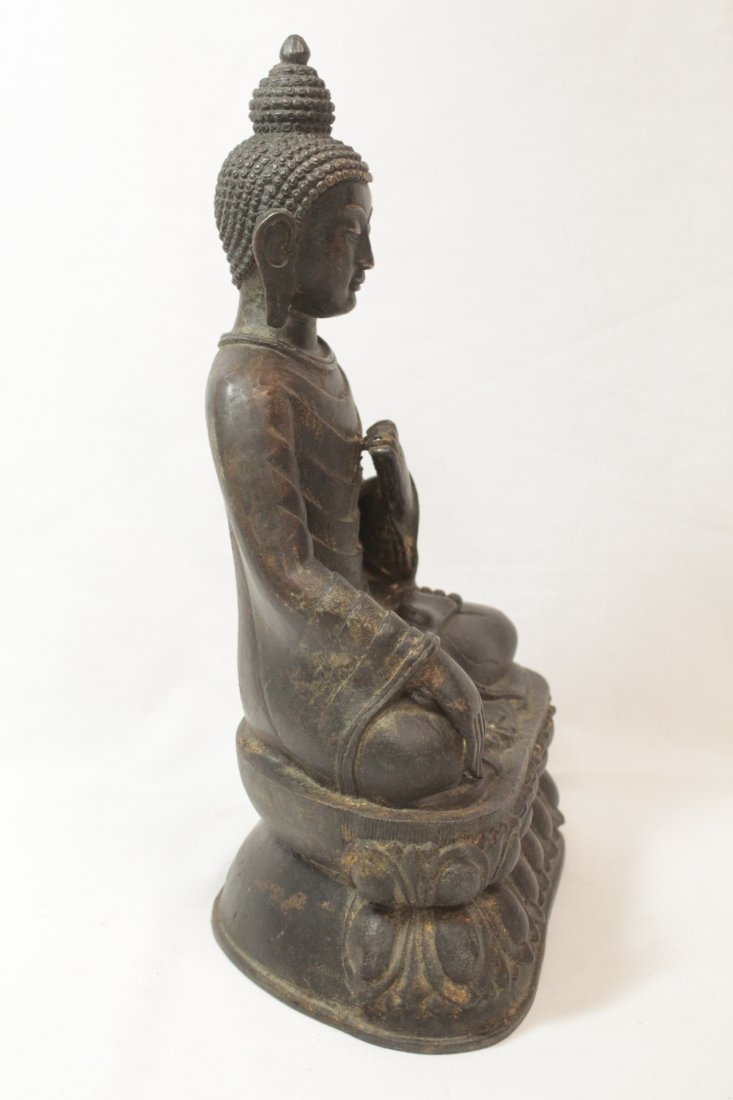 Chinese bronze/brass sculpture of Buddha - 4