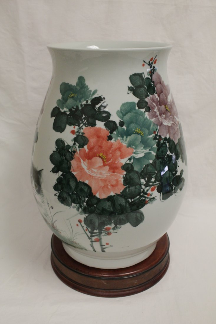 Chinese wucai large porcelain jar - 3