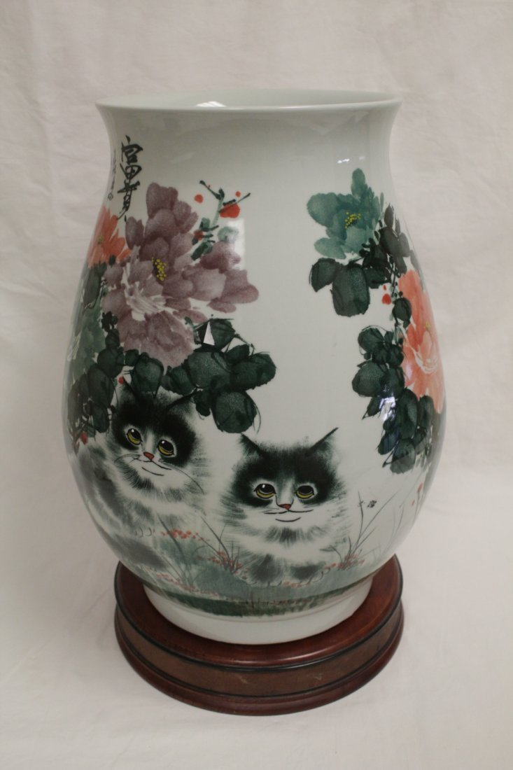 Chinese wucai large porcelain jar - 4