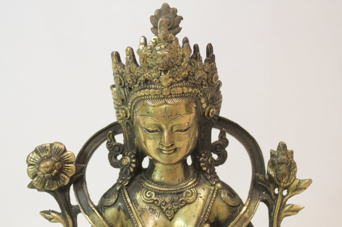 Chinese brass sculpture of seated Buddha - 6