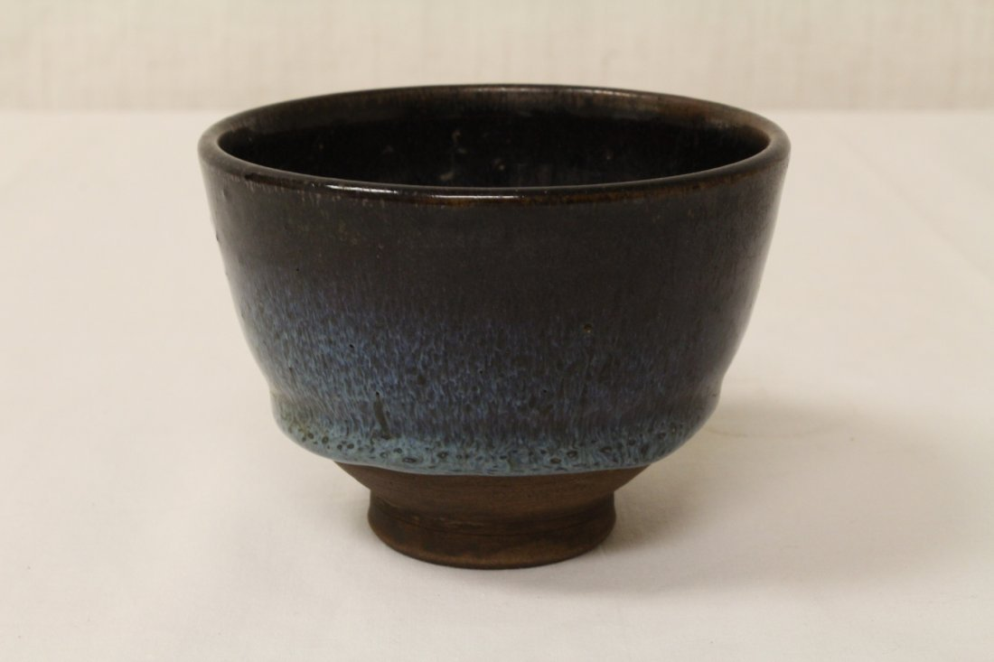 2 Song style porcelain bowls - 2