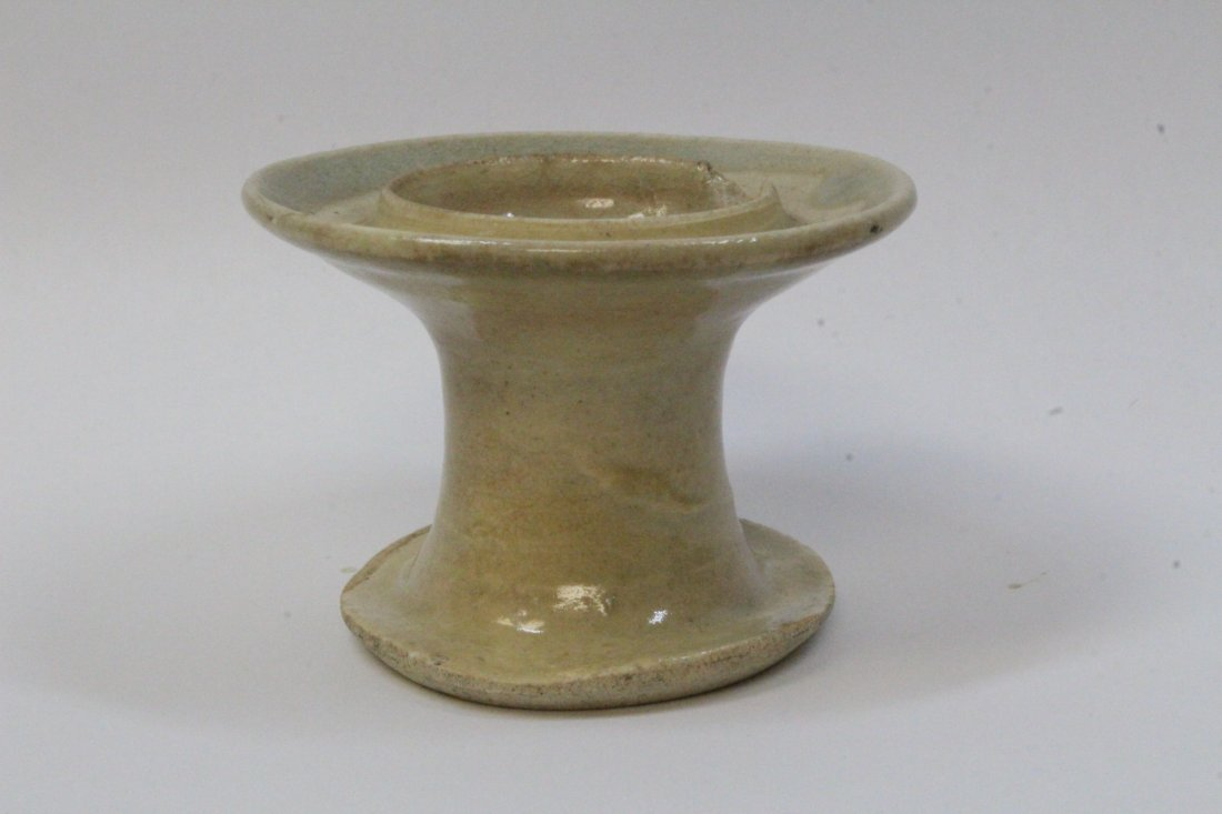 Chinese antique light celadon oil lamp - 3
