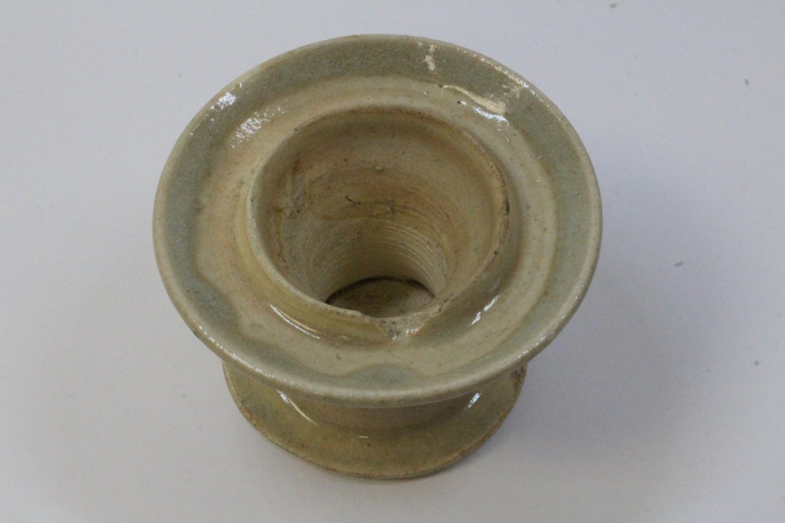 Chinese antique light celadon oil lamp - 6
