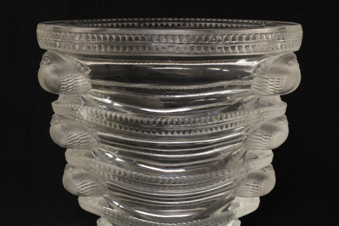 Unusual crystal bowl by Lalique - 4
