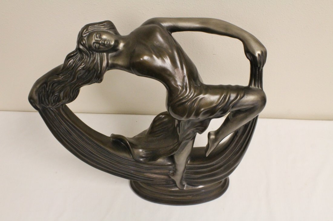Art deco painted pottery sculpture of dancing lady - 2