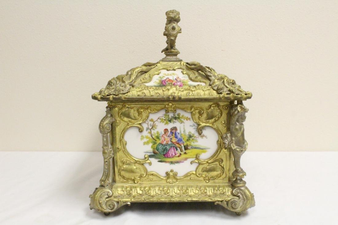 Austrian 19th c. jewelry box w/ Dresden plaques - 3