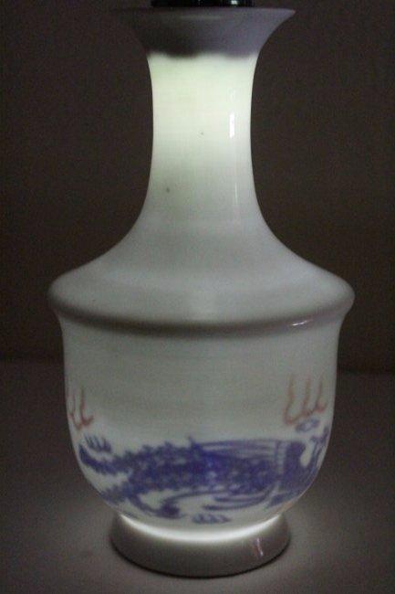 Chinese white porcelain vase - 8