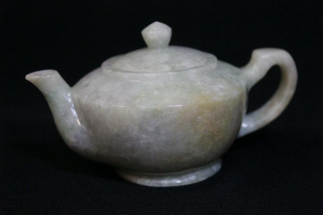 Fine Chinese jade carved teapot - 3