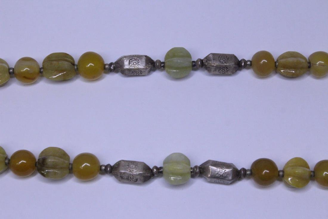 Chinese agate and jadeite(?) bead necklace - 4