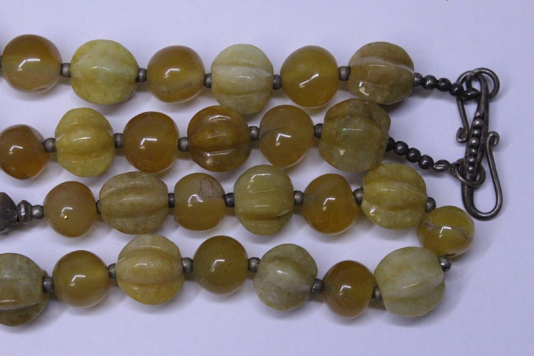 Chinese agate and jadeite(?) bead necklace - 7