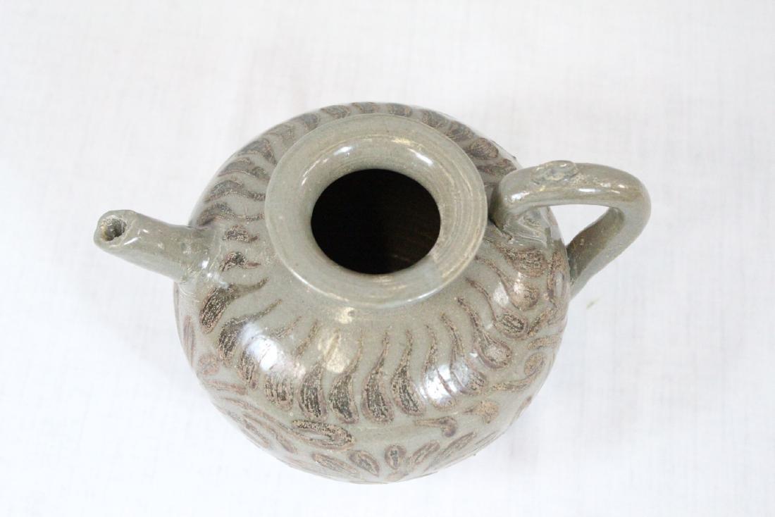 Korean porcelain teapot & Korean bronze mirror - 6