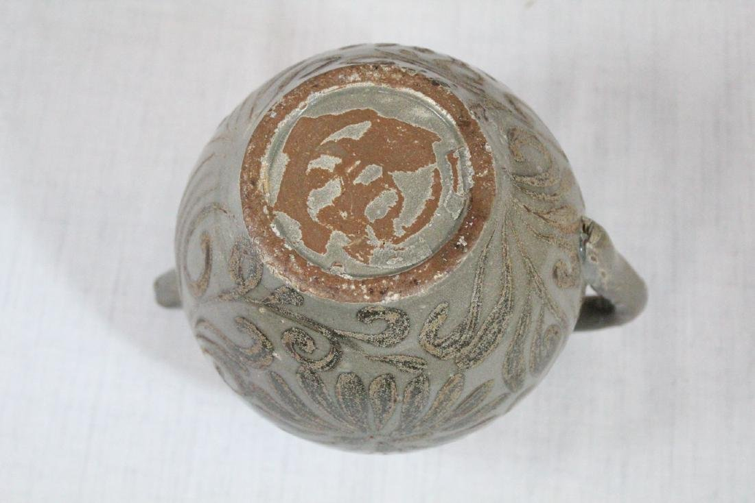 Korean porcelain teapot & Korean bronze mirror - 7