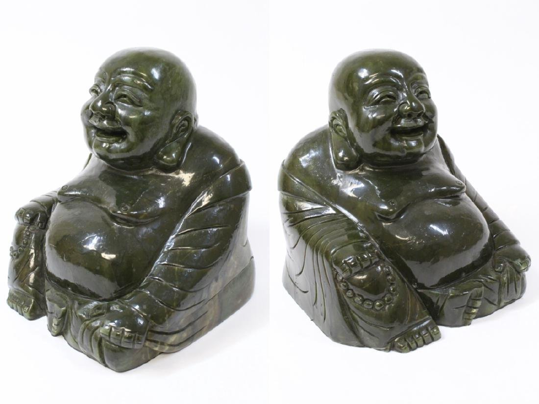 Large Chinese Henan jade carved seated monk - 10