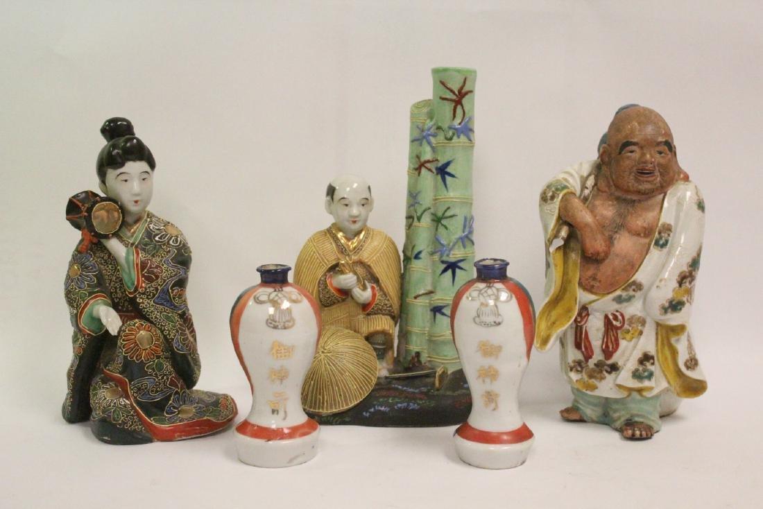 3 Japanese kutani figures and 2 kutani vases