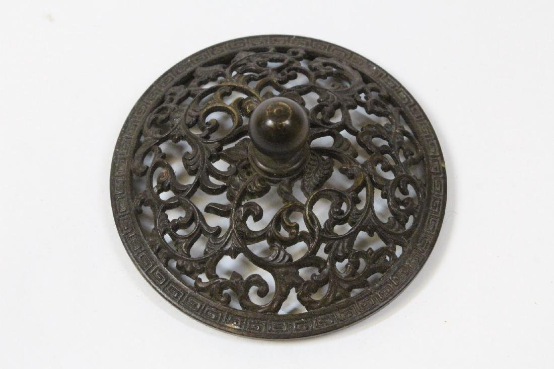 Chinese very heavy round bronze censer with cover - 9