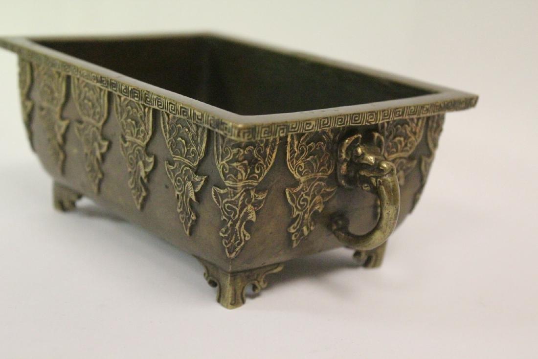 Chinese vintage bronze rectangular censer - 9