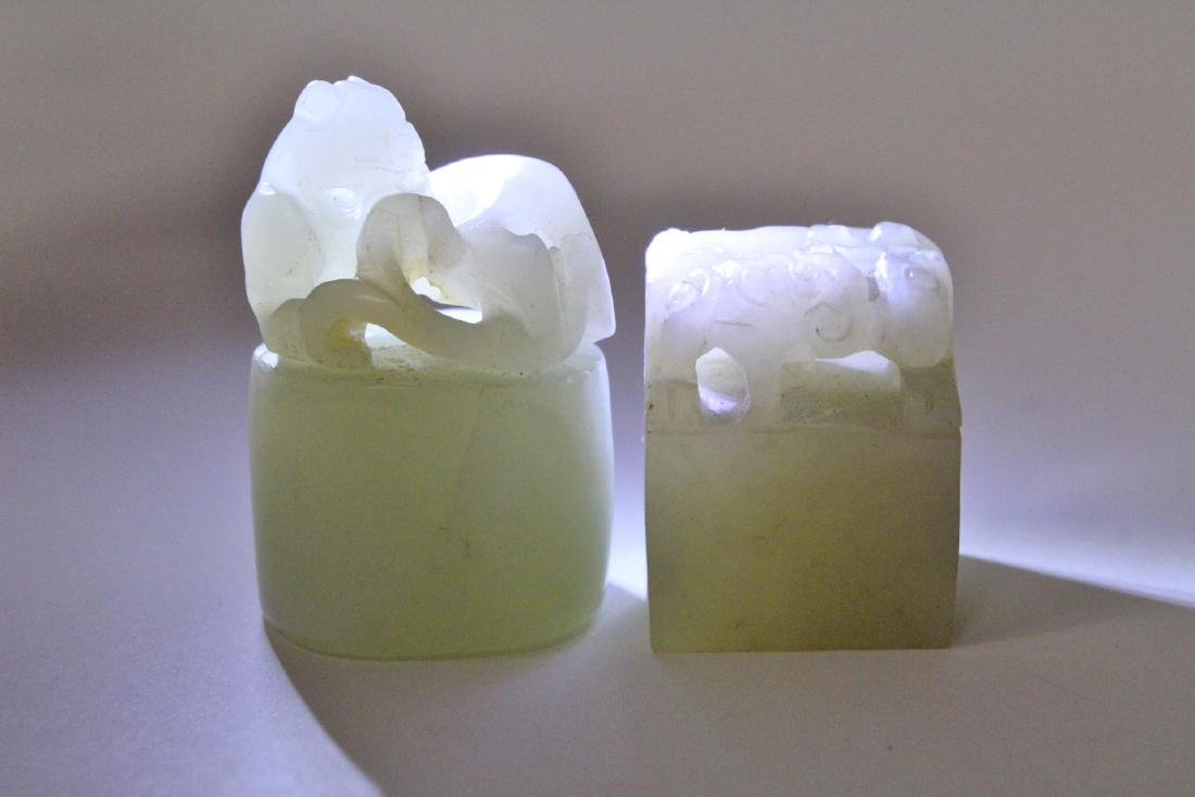 2 Chinese white jade carved seal - 10