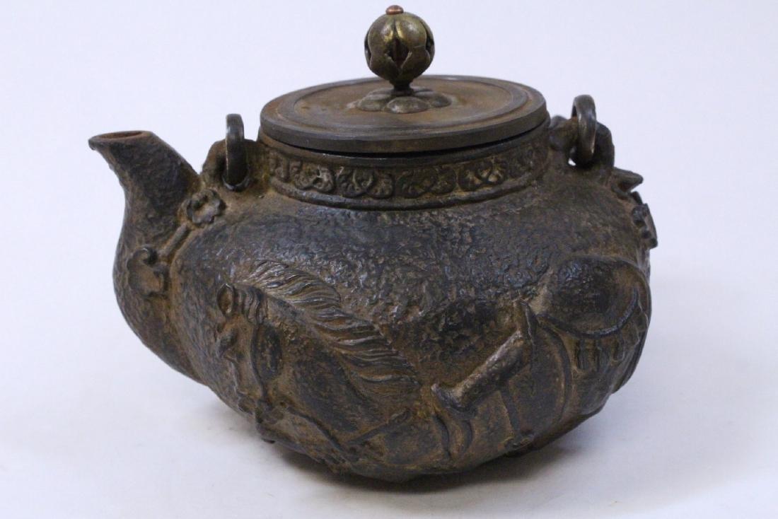 Chinese cast iron teapot - 3