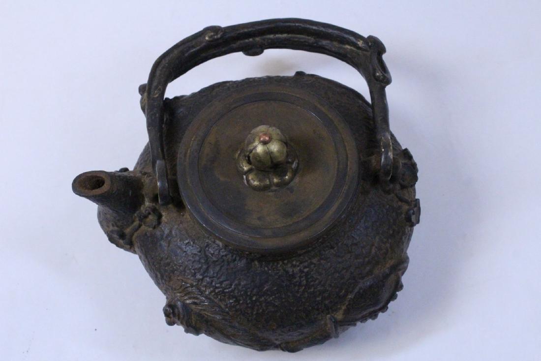 Chinese cast iron teapot - 7
