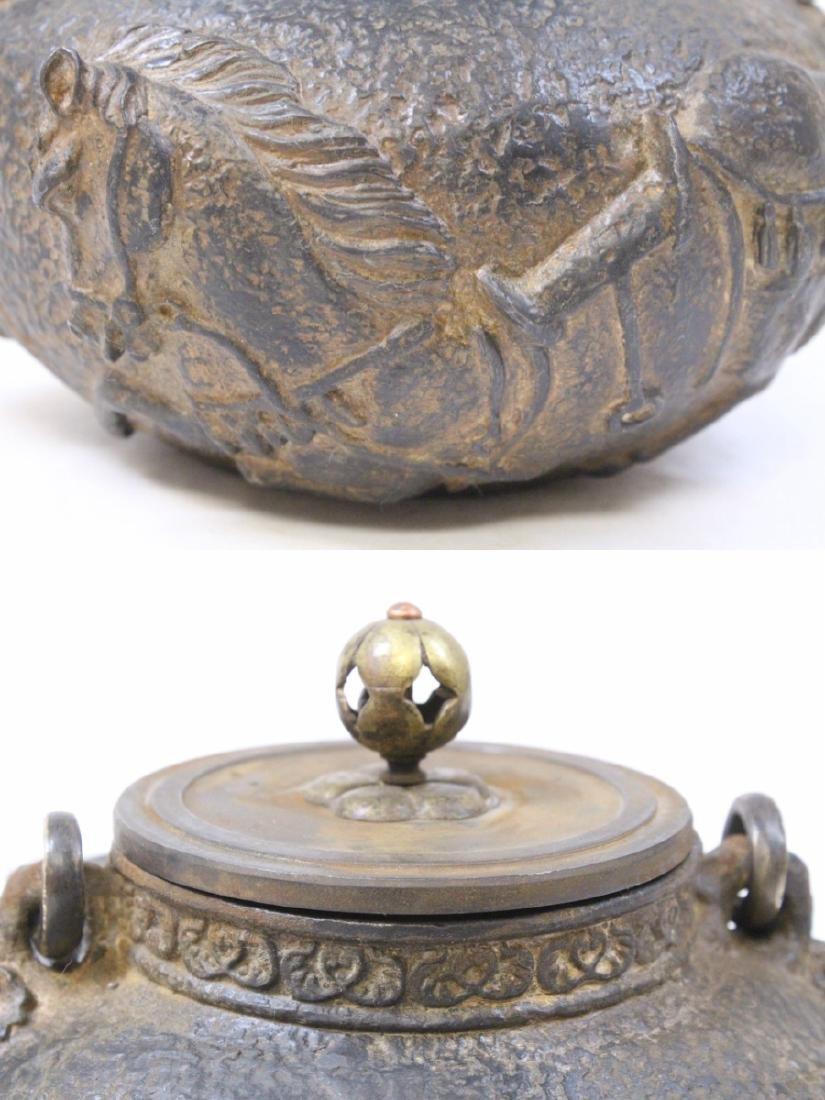 Chinese cast iron teapot - 9