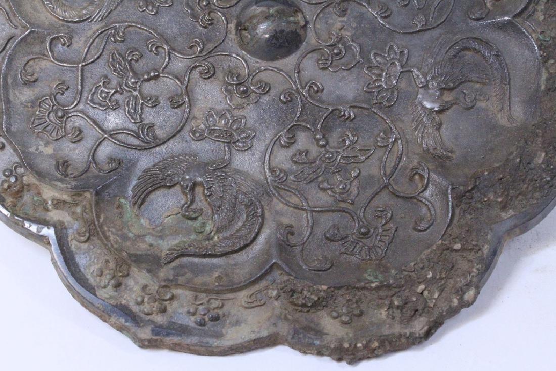 Large Chinese bronze mirror - 3