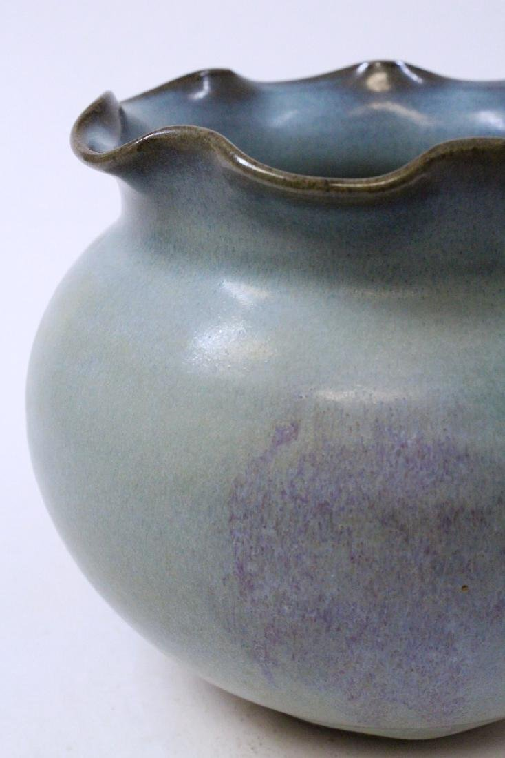 Large Chinese Song style porcelain jar - 9