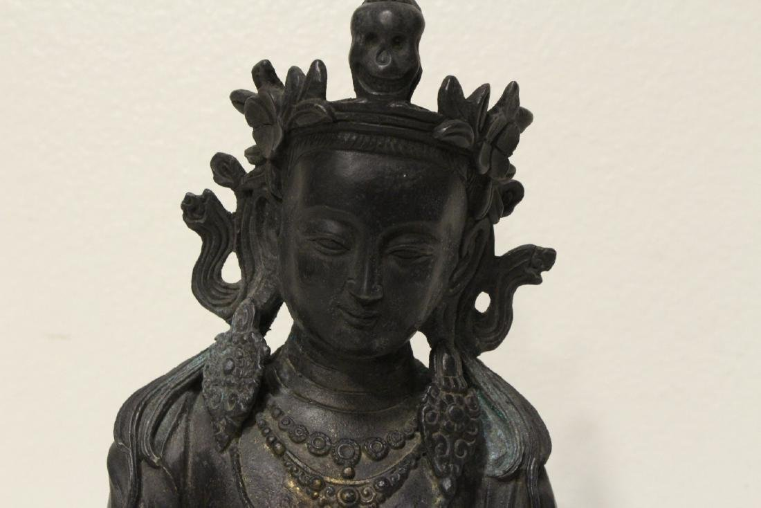 Chinese bronze sculpture of seated Buddha - 4