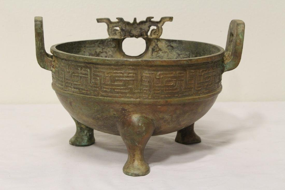 Chinese archaic style bronze tripod ding - 6