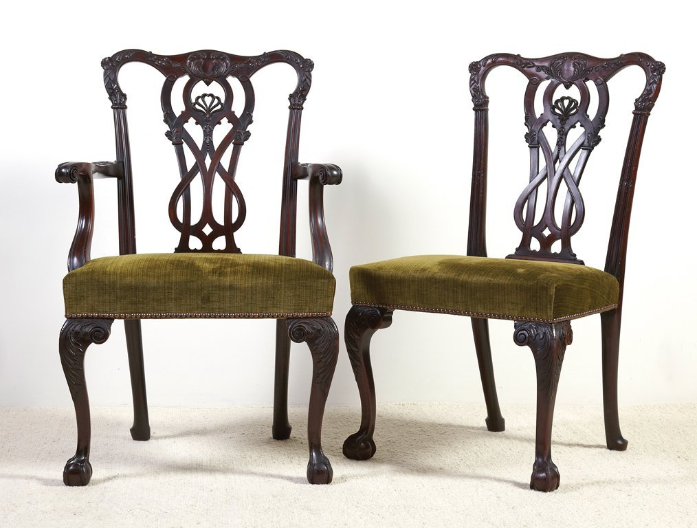 14: A fine set of six Chippendale style mahogany dining