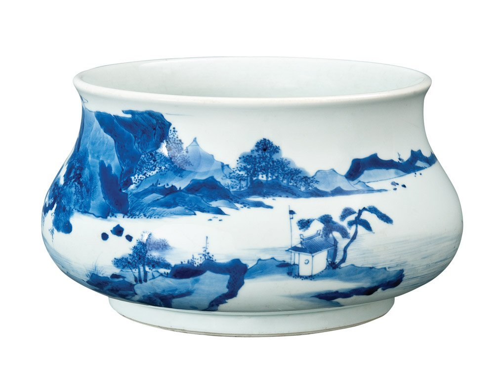 1: A fine Chinese blue and white censer, six-character