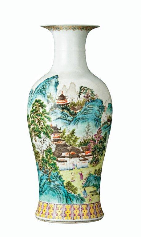 59: A large Chinese polychrome Yanyan vase, Republic pe