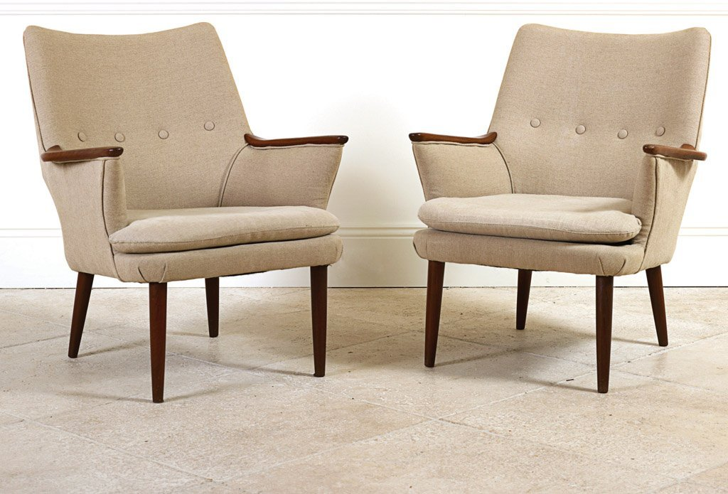 9: A pair of Grant Featherstone armchairs, Australian,