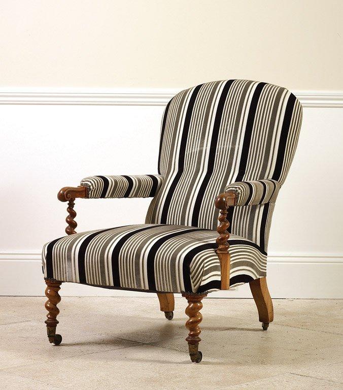 19: A Victorian walnut armchair, English, circa 1880 wi