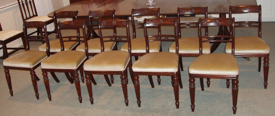 6: A fine quality set of ten George IV mahogany dining