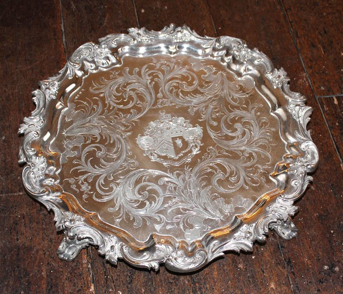 414: A sterling silver circular salver, Sheffield hallm