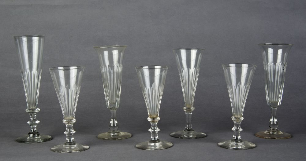 GEORGIAN GLASSES: Group of 7 faceted glasses c1820s