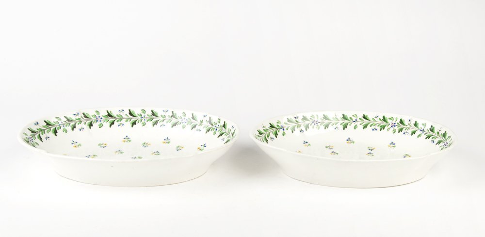 A pair of Derby porcelain ovoid dishes, English early