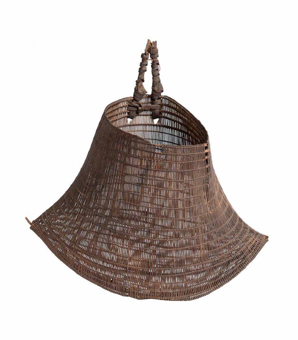 An Early Bicornual Basket