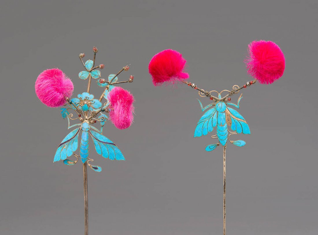A set of three kingfisher-feather inset hairpins, late