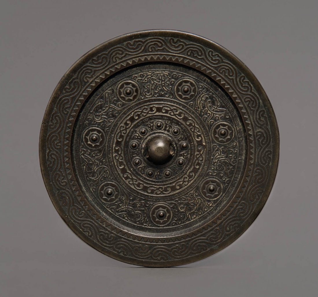 A Chinese bronze mirror, Eastern Han, 8-220AD
